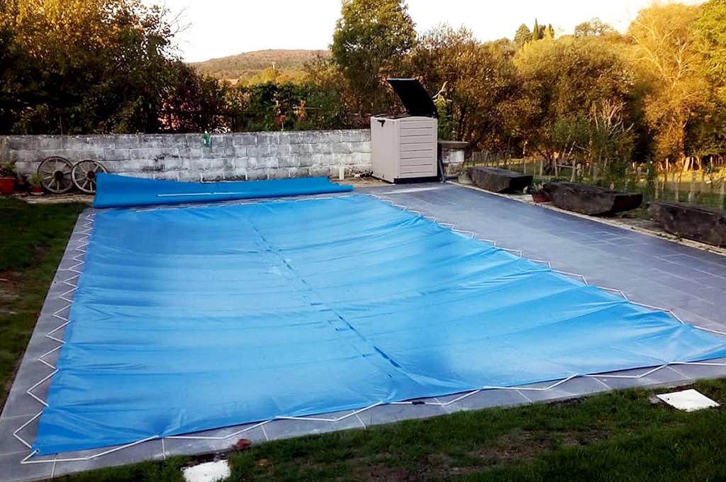 Cubiertas de lona, protege tu piscina en invierno